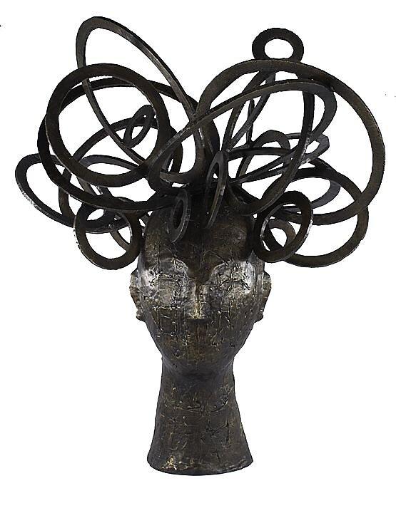 Mujer de los anillos de saturno (2011)